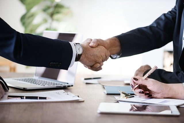 Advantages Of An Option Contract For Investors
