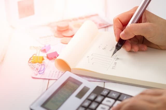 calculating shared expenses in a shared net lease