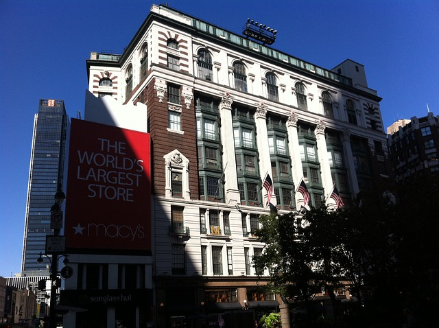 experience-based retail centers Macy's