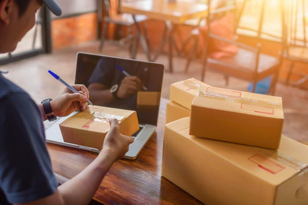 brick and mortar or ecommerce