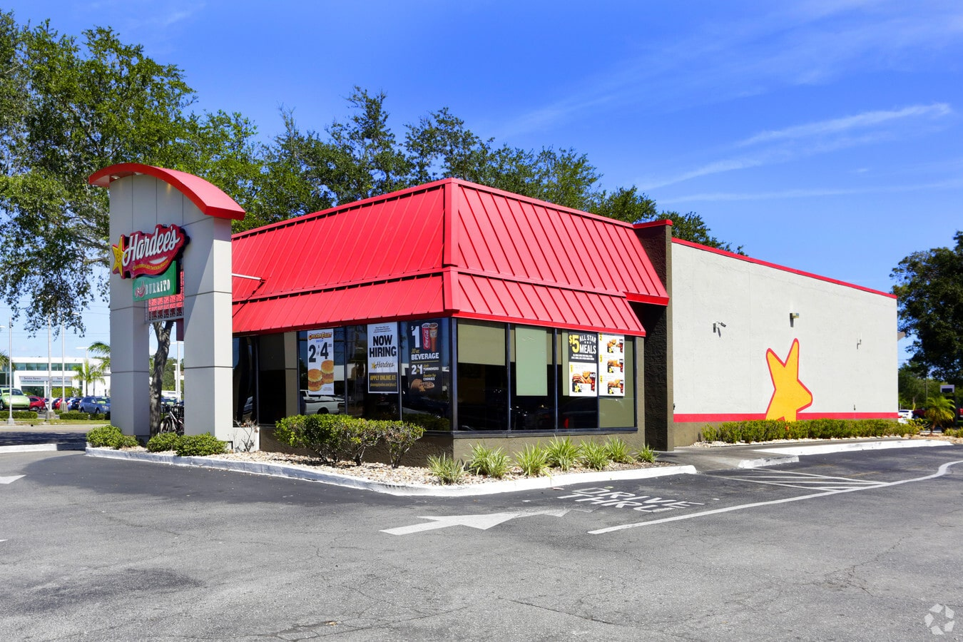 Multiple Offers Over List Price Result in Additional $82k on Hardee's Property